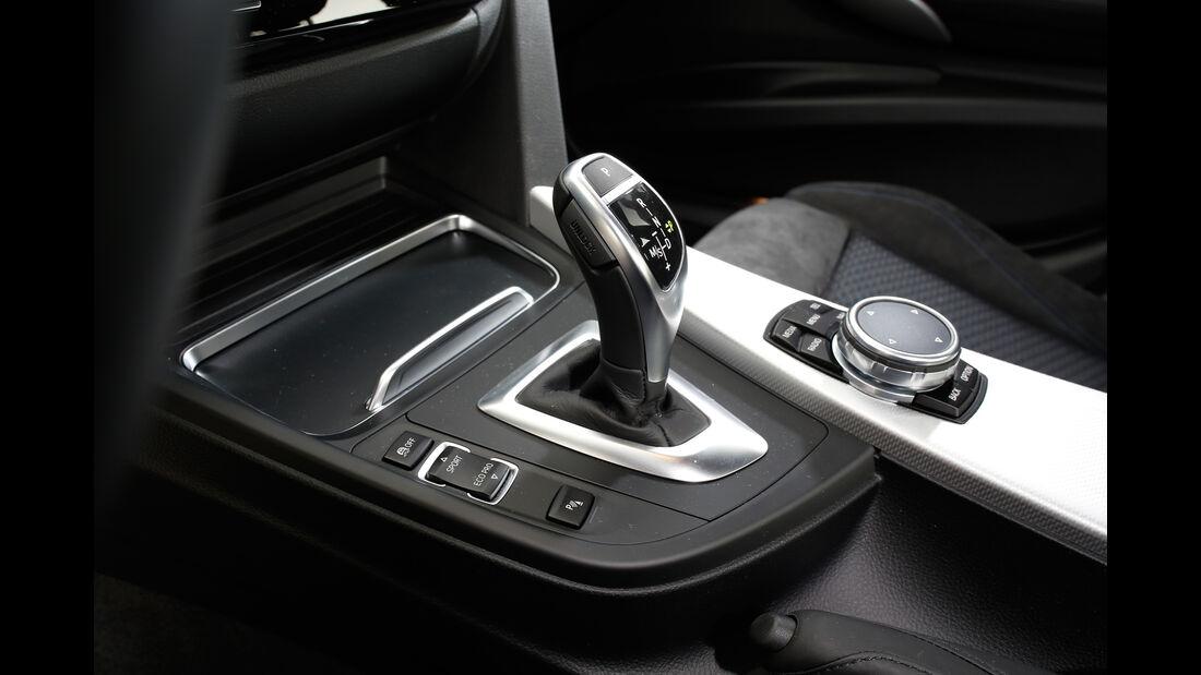 BMW 335d xDrive, Schalthebel