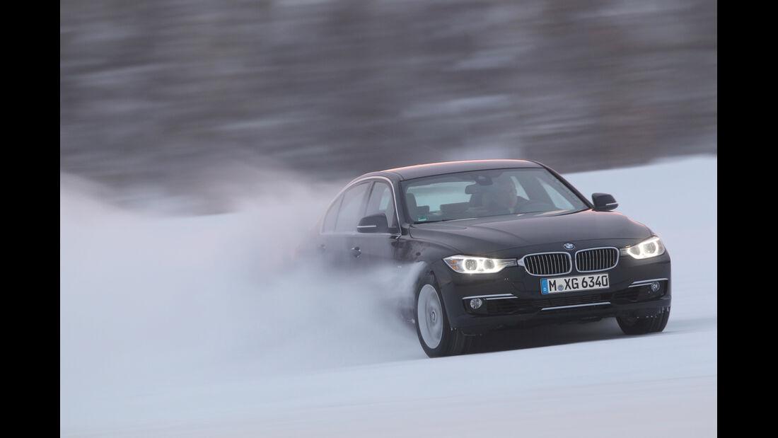 BMW 335i x-Drive, Frontansicht, Driften