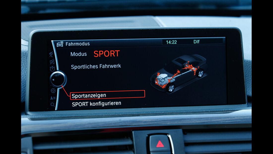 BMW 335i x-Drive Luxury Line, Monitor, Bordcomputer