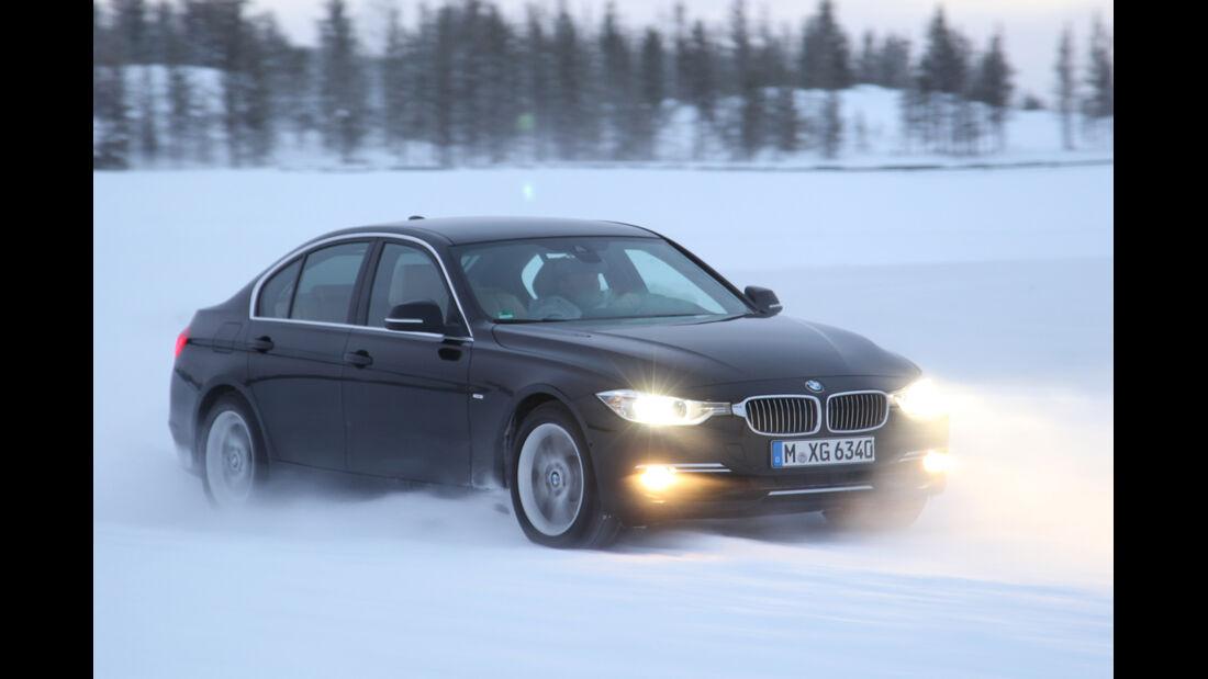 BMW 335i x-Drive, Seitenansicht, Driften
