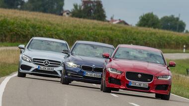 BMW 340i, Jaguar XE S, Mercedes C 400 4Matic, Frontansicht