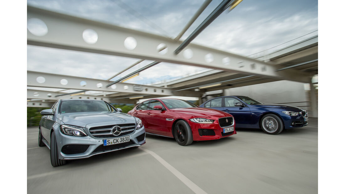 BMW 340i, Jaguar XE S, Mercedes C 400 4Matic, Seitenansicht