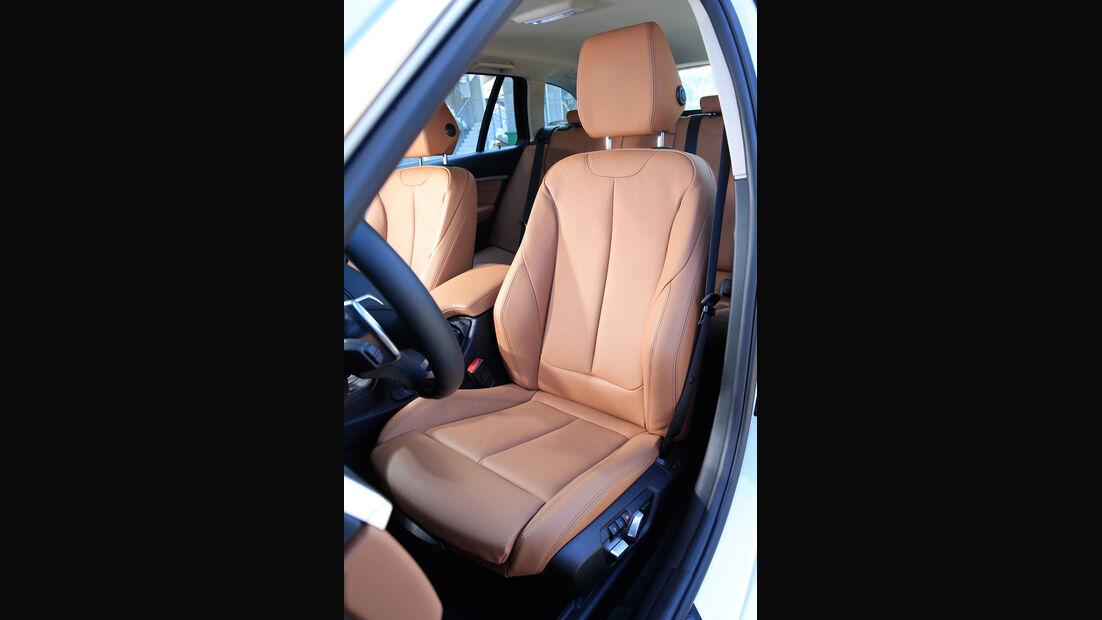 BMW 340i xDrive Touring, Fahrersitz