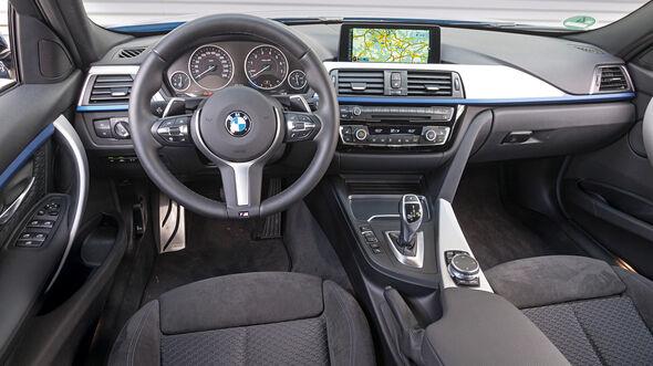 BMW 340i xDrive Touring M Sport, Cockpit