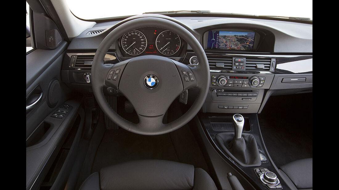 BMW 3er 320d Efficient Dynamics Edition Cockpit