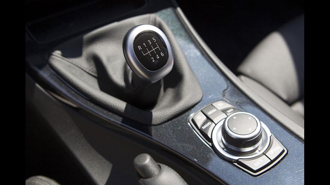 BMW 3er 320d Efficient Dynamics Edition Schalthebel