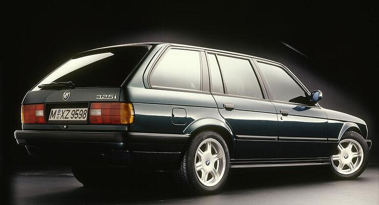 BMW 3er Touring - E30 - 325i von schräg hinten