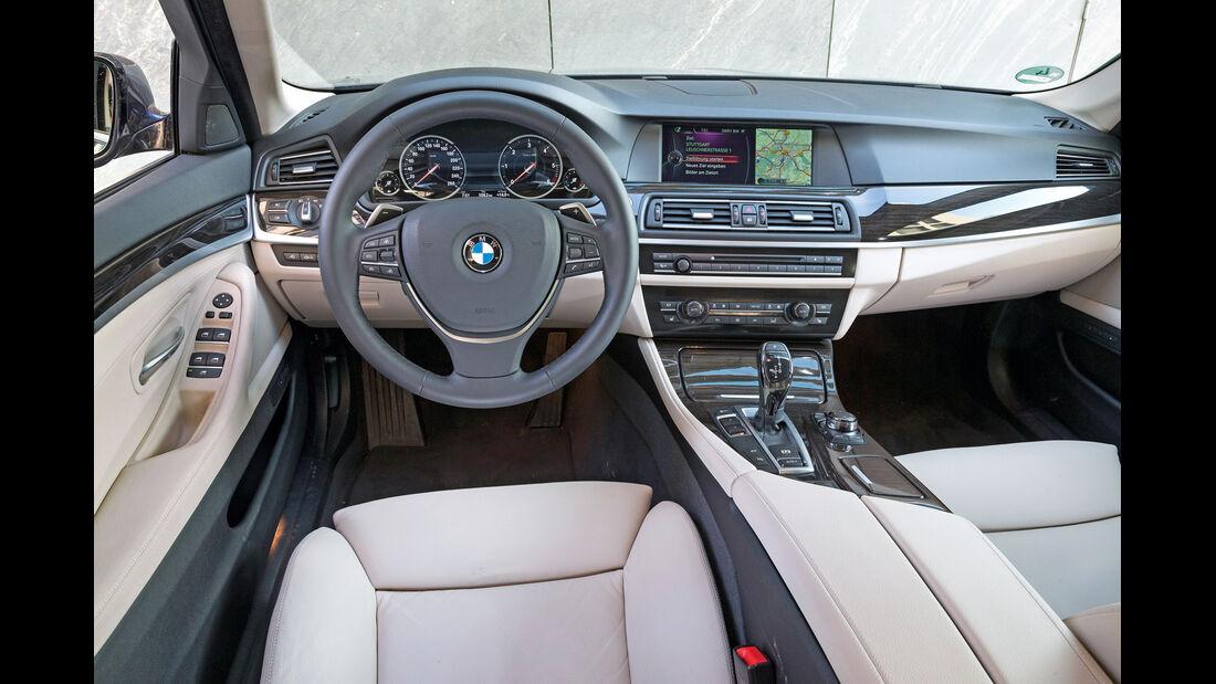 BMW 520d Touring, Cockpit, Lenkrad