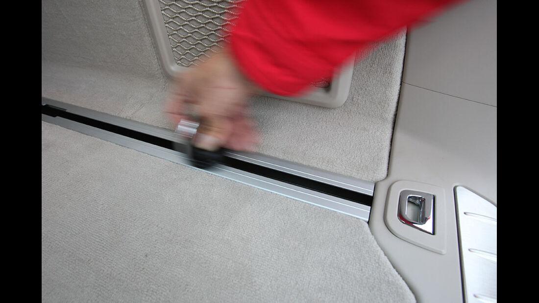 BMW 520d Touring, Laderaumschiene