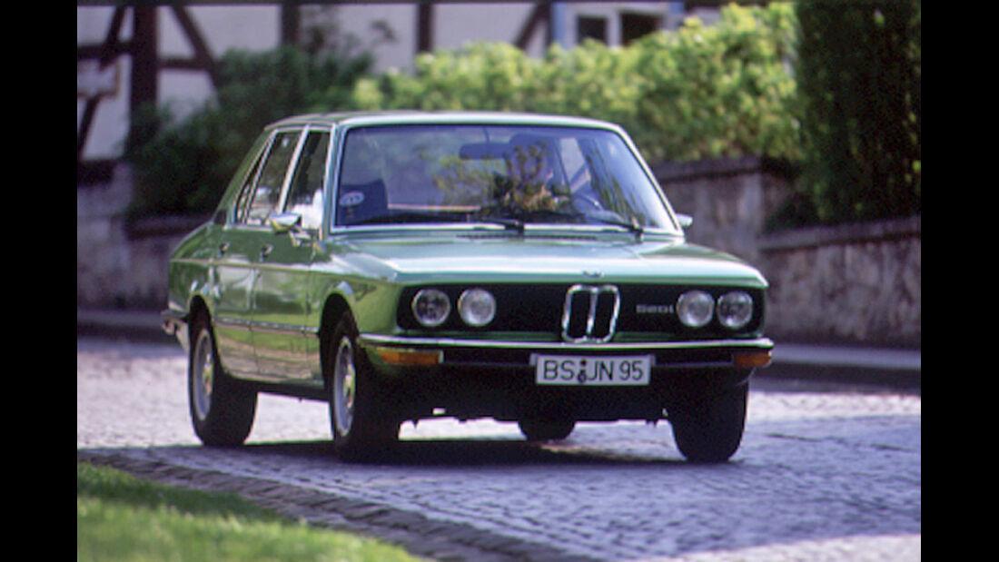 BMW 520i E12 BMW E 12 520 5er mokla 6/1999