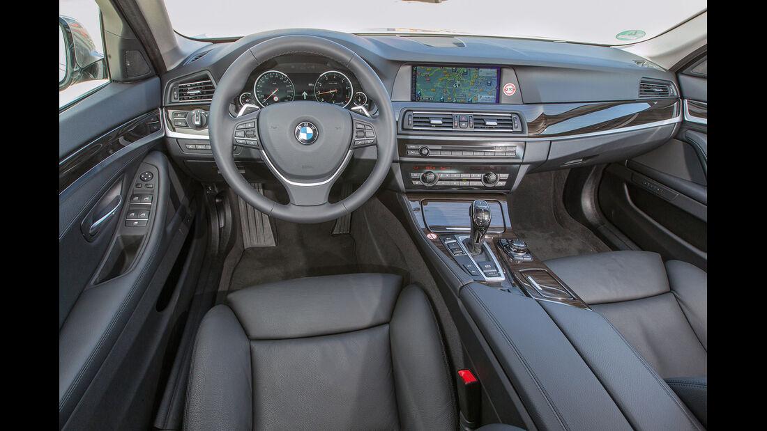 BMW 520i Touring, Cockpit, Lenkrad