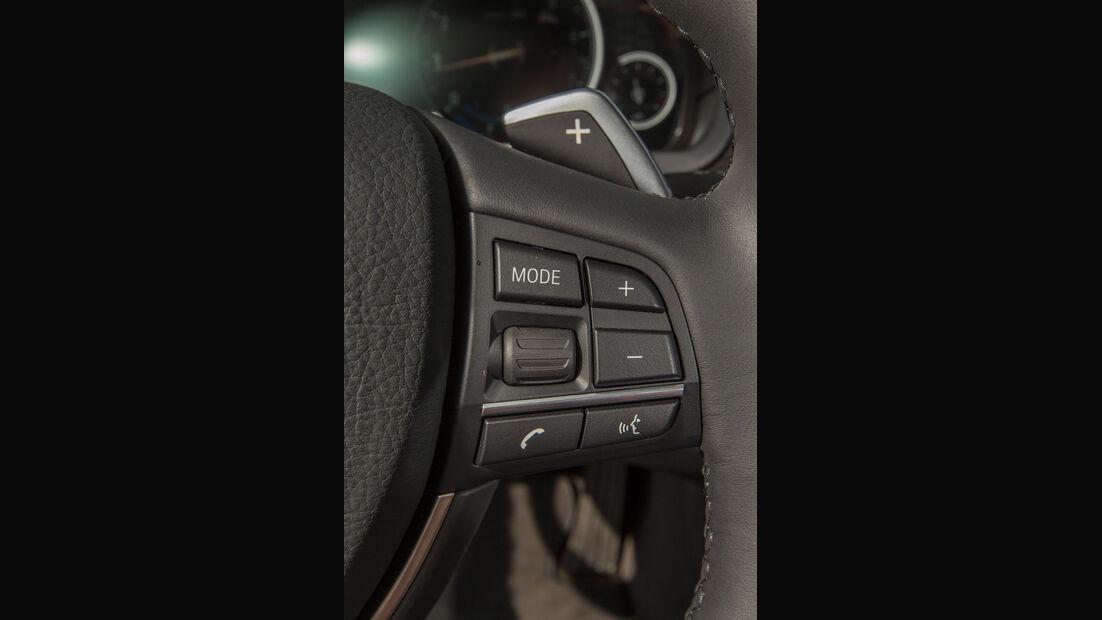 BMW 520i Touring, Lenkrad, Bedienelemente