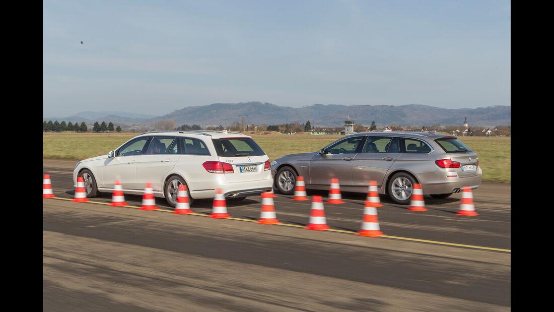 BMW 520i Touring, Mercedes E 200 T, Heckansicht, Bremstest
