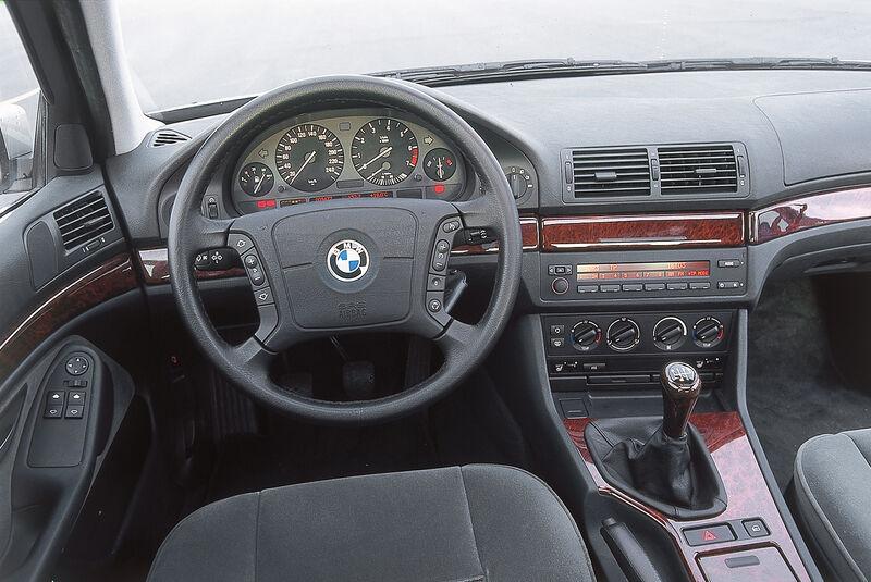 BMW 523i E39, Cockpit