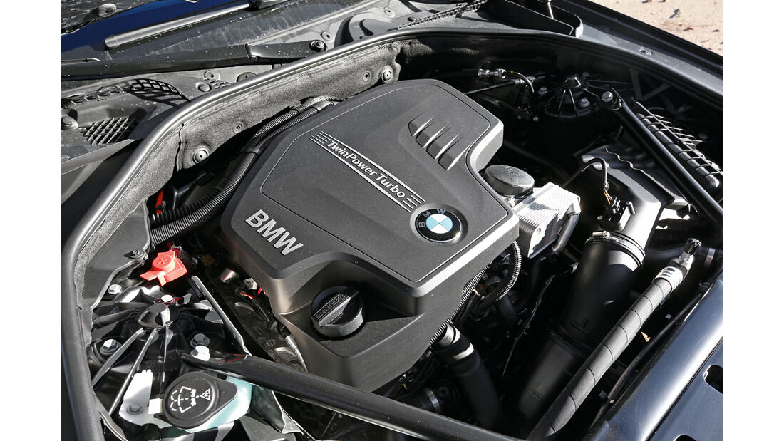 BMW 528i, Motor