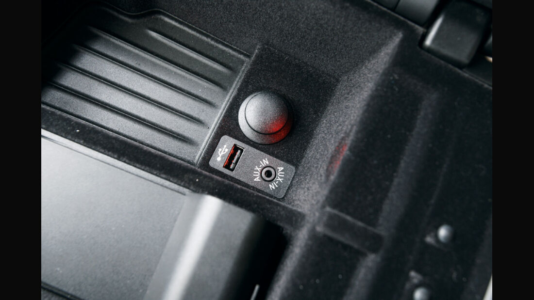 BMW 528i Touring, Aux-In, Anschluss