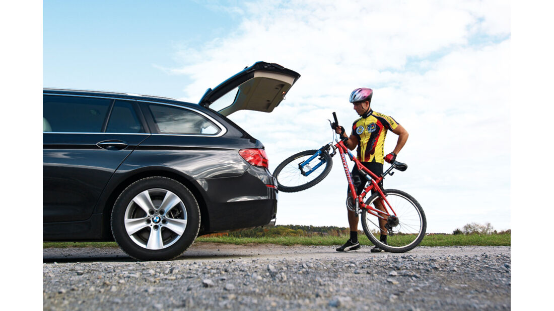 BMW 528i Touring, Heckklappe, Rad