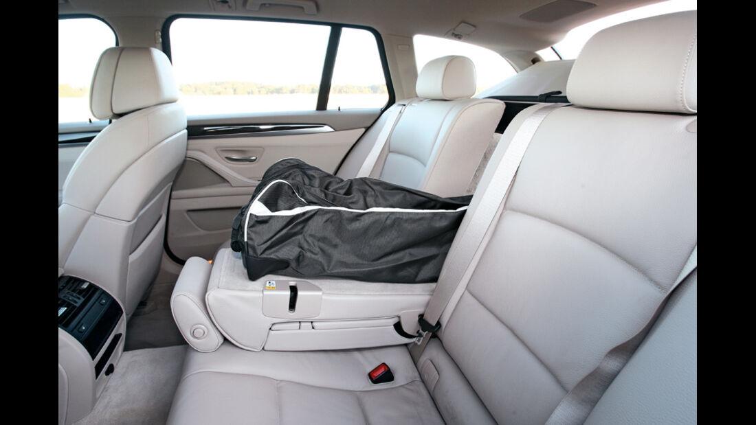 BMW 528i Touring, Innnenraum, Rückbank