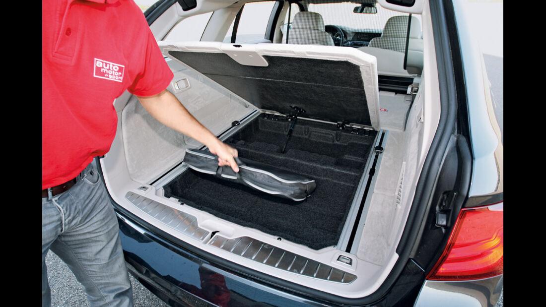 BMW 528i Touring, Kofferraum, Ablagefach