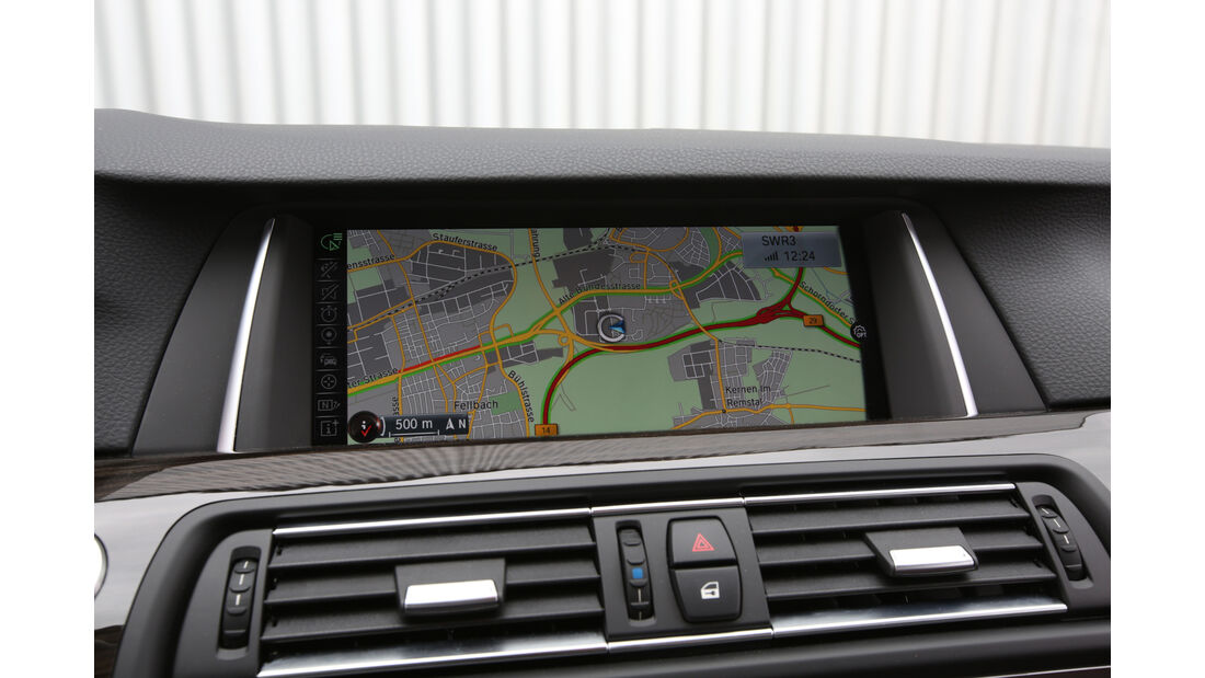 BMW 528i Touring, Navi