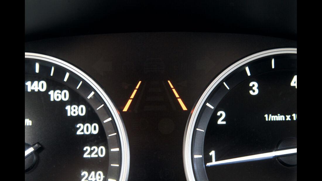 BMW 528i Touring, Rundinstrumente