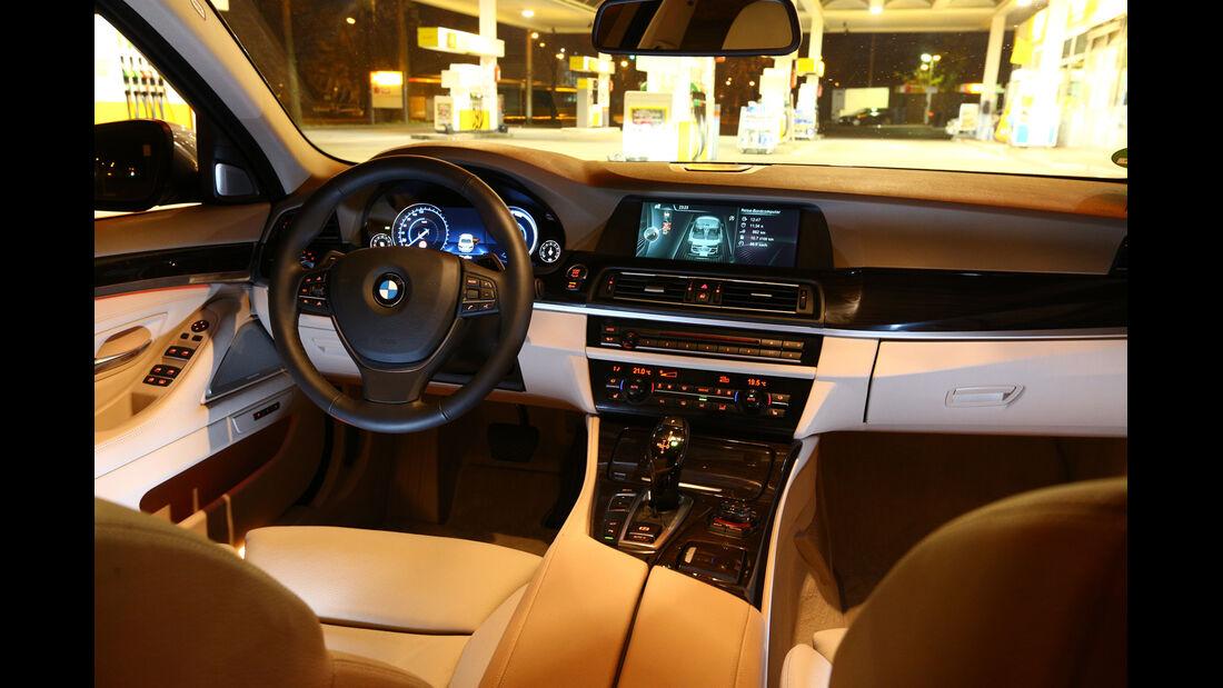 BMW 530, Cockpit, Lenkrad
