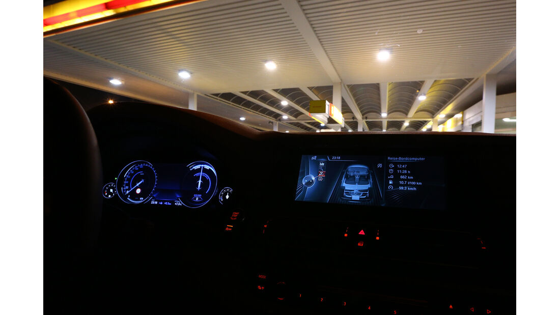 BMW 530, Tacho, Rundinstrumente