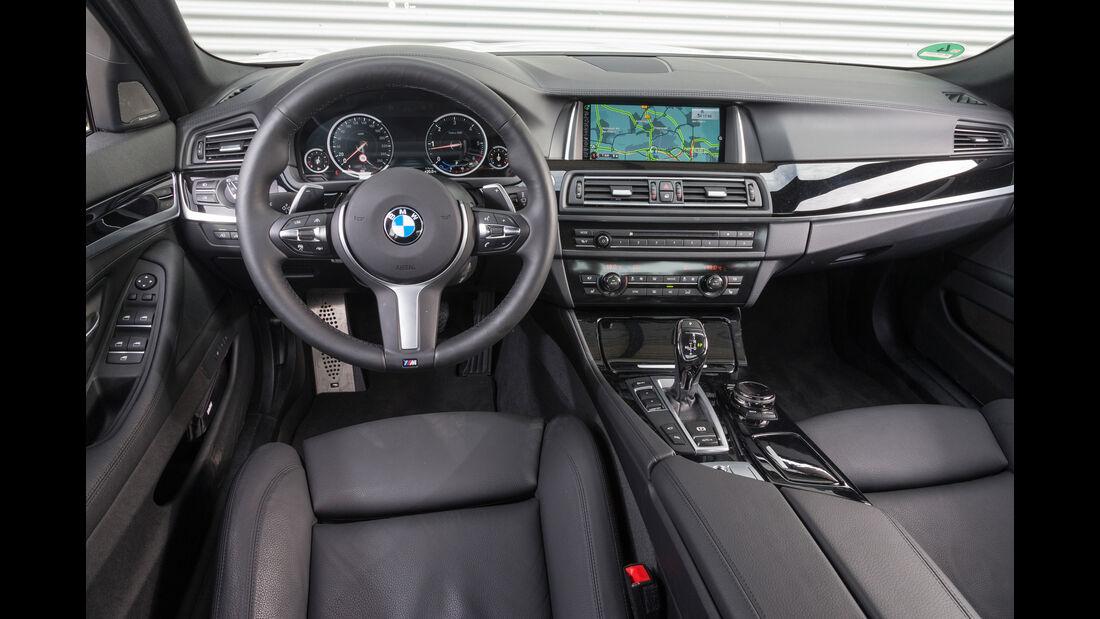BMW 530d M Sportpaket, Cockpit