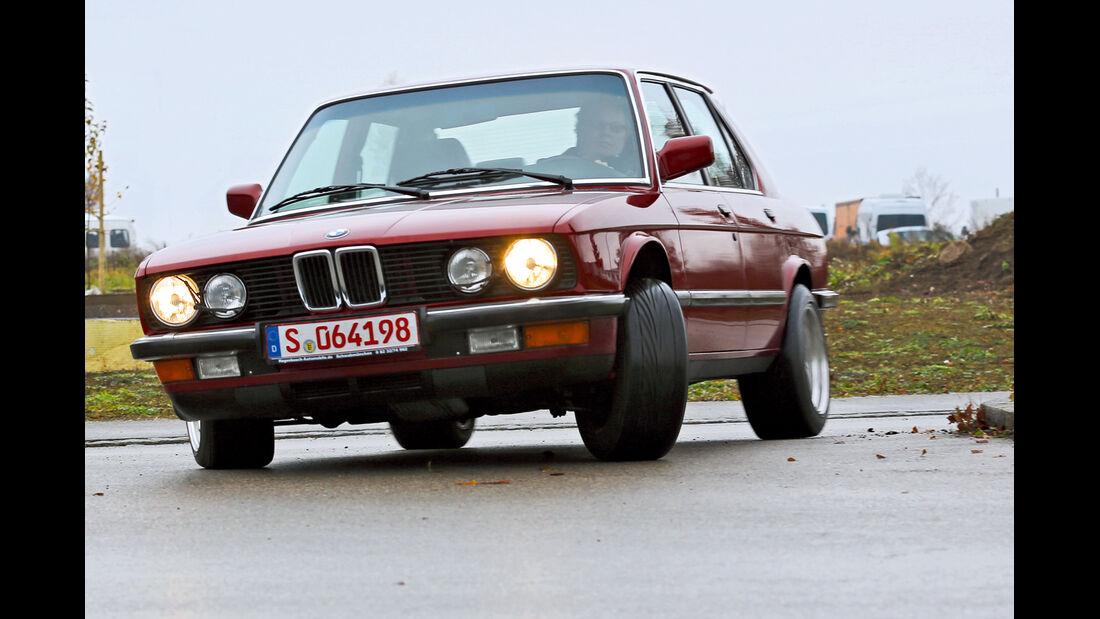 BMW 535i, 281 PS E 28