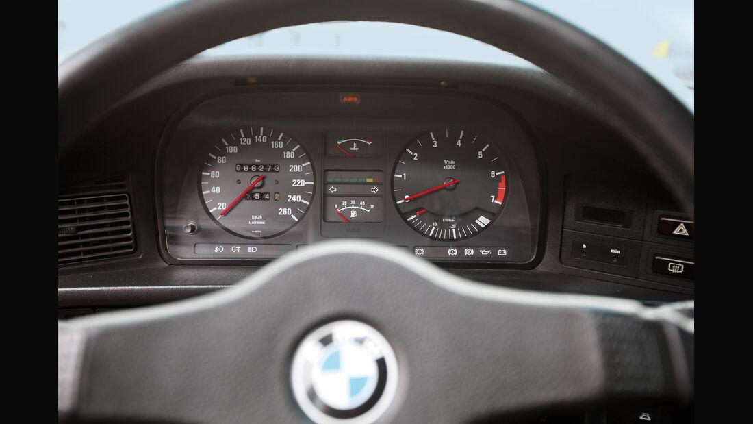BMW 535i, 281 PS E 28, Rundinstrumente