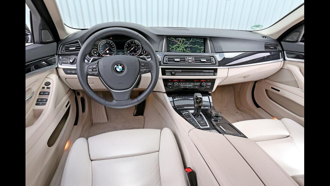 BMW 535i Touring xDrive, Cockpit