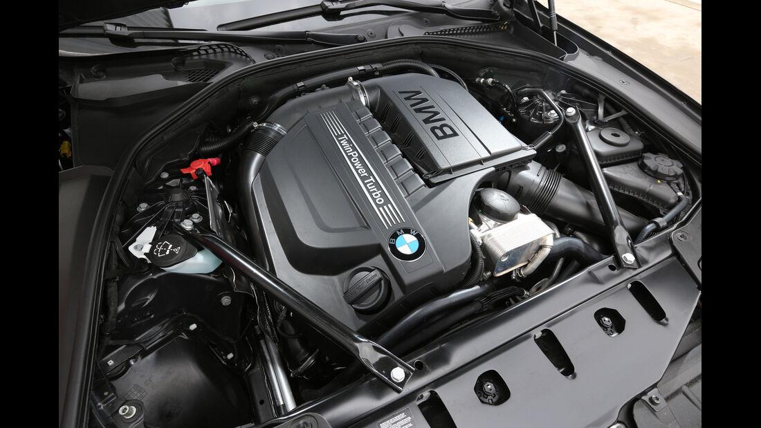 BMW 535i Touring xDrive, Motor