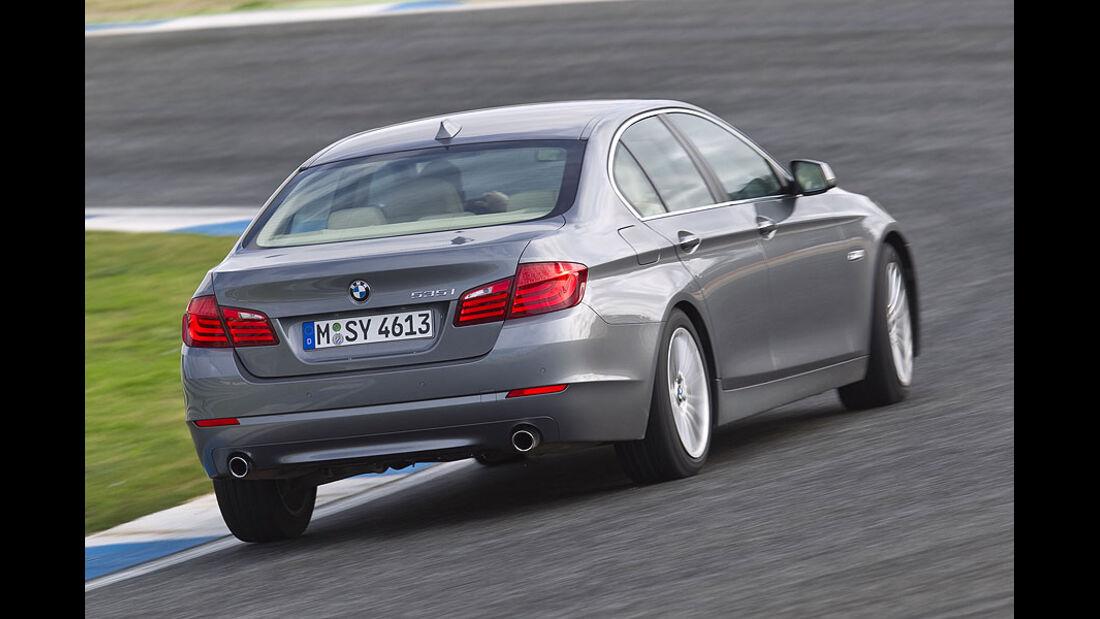 BMW 535i schräg von der Seite