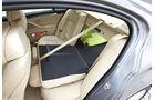 BMW 535i umgeklappte Rücksitzbank