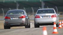 BMW 535i und Mercedes E 350 CGI Heckansicht