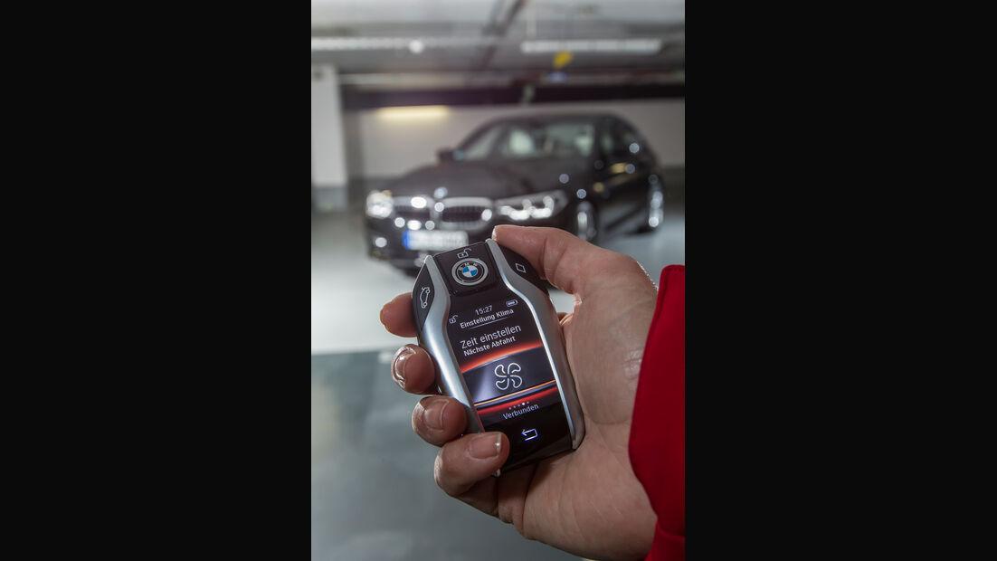 BMW 540i xDrive, Fernentriegelung