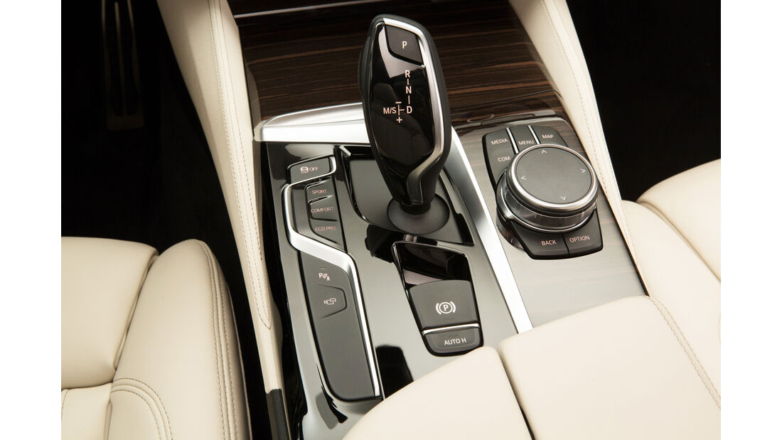 BMW 540i xDrive, Schalthebel