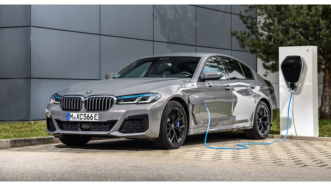 BMW 545e xDrive Limousine