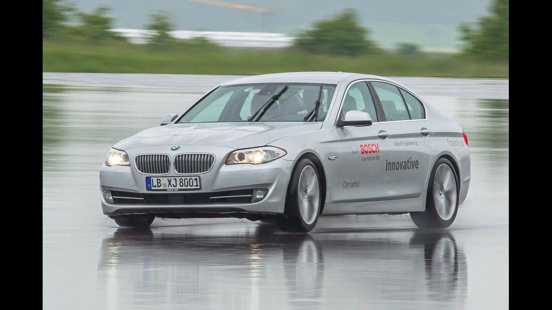 BMW 550i, ESP, Nässe