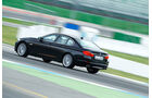 BMW 550i, Seitenansicht hinten, Teststrecke