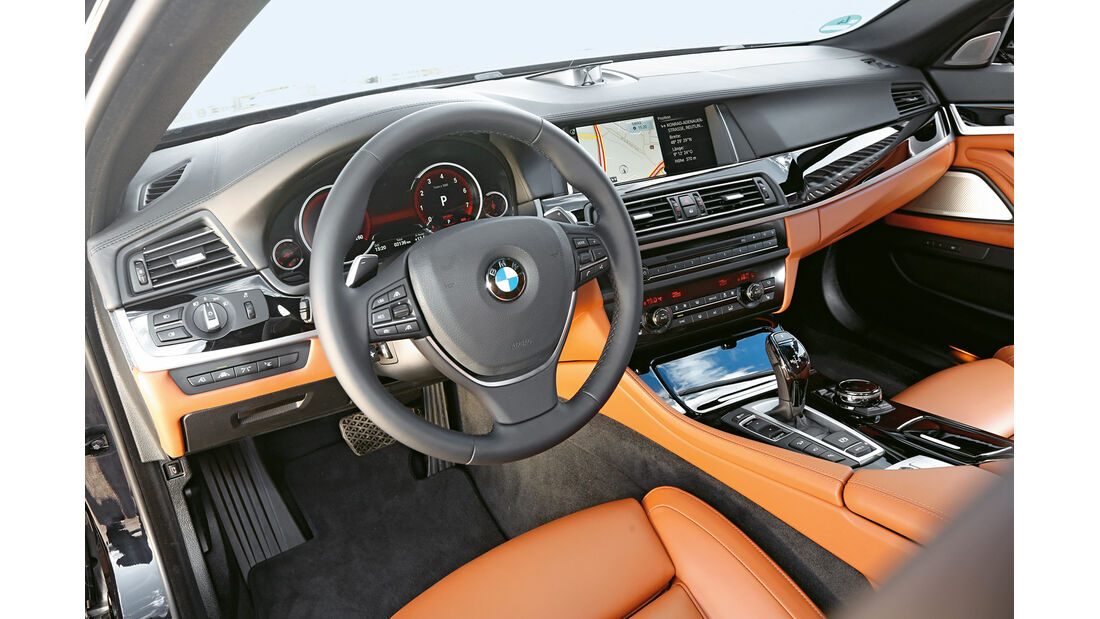 BMW 550i xDrive, Cockpit