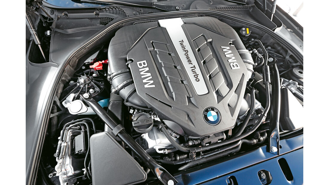 BMW 550i xDrive - Motor - sport auto 05/15