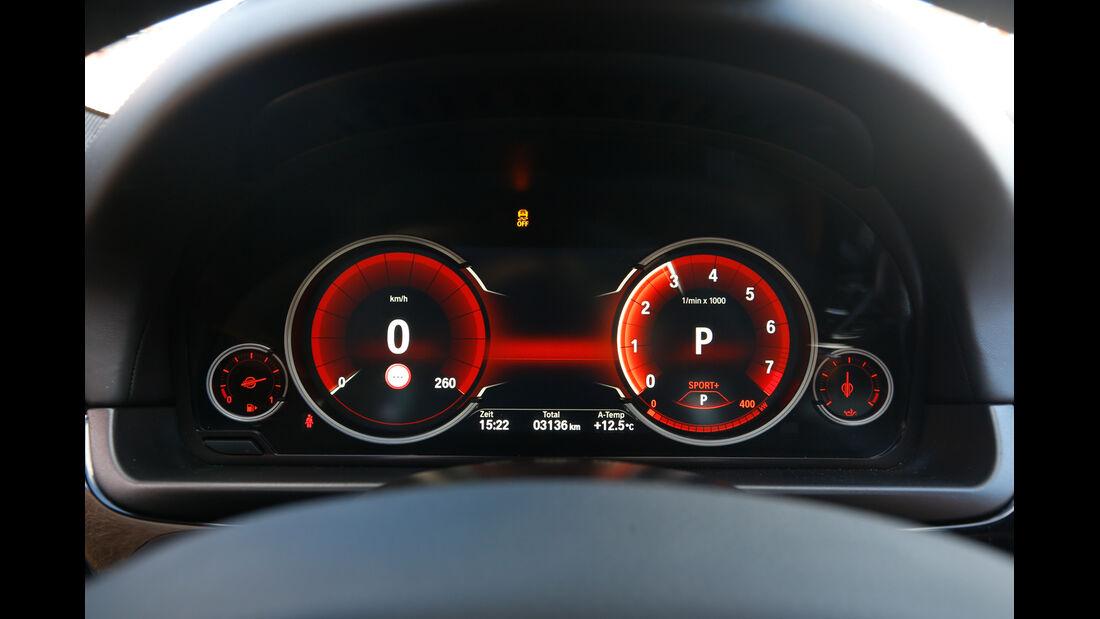 BMW 550i xDrive, Rundinstrumente