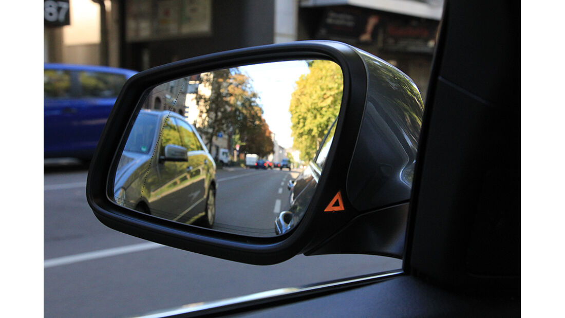 BMW 5er, Rückspiegel