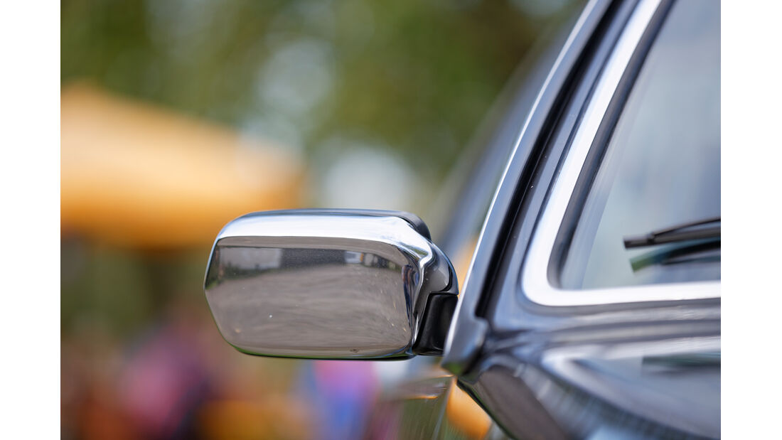 BMW 628 CSi (E24), Seitenspiegel