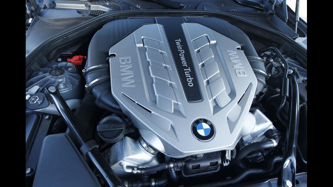 BMW 650i Cabriolet, Motorraum, Motor, V8