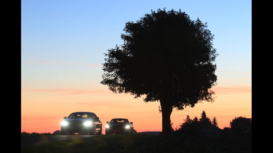 BMW 650i, Jaguar XK 5.0 V8 Portfolio, Frontlichter
