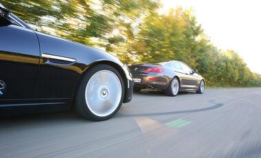 BMW 650i, Jaguar XK 5.0 V8 Portfolio, Seitenlinie