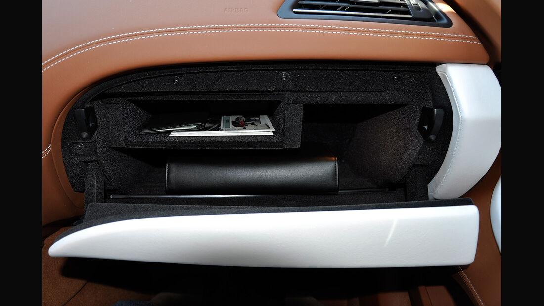 BMW 6er Gran Coupé, Innenraum-Check, Handschuhfach