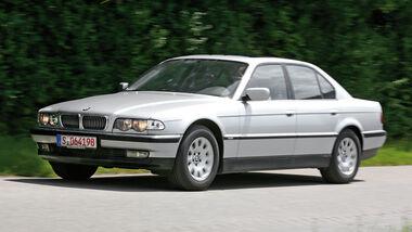 BMW 728i Typ E38, Seitenansicht